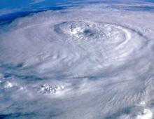 К Филиппинам приближается тайфун Хагупит